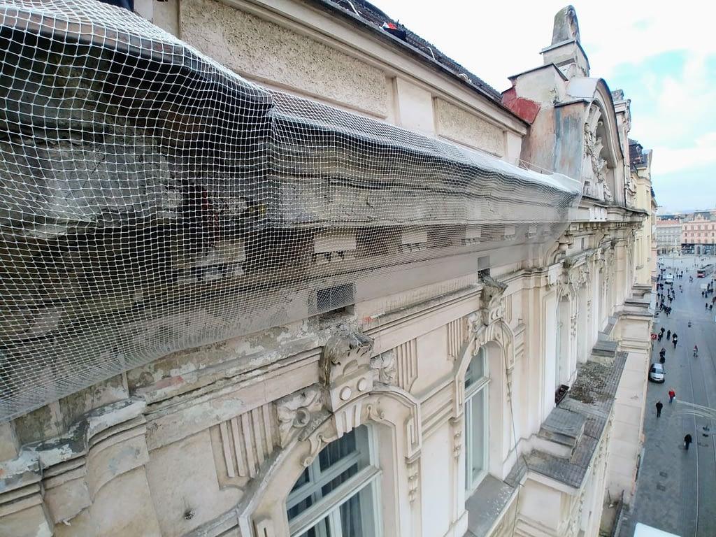 Montáž bezpečnostní sítě – Brno