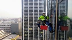 Mytí oken - Výškové práce - Lanový přístup